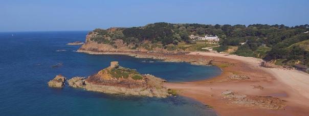 Portelet, Isle of Jersey, Channel Islands. Die Kanalinseln im Ärmelkanal vor der Küste Frankreichs sind rechtlich im Besitz der Britischen Krone. Foto © Intercampianer