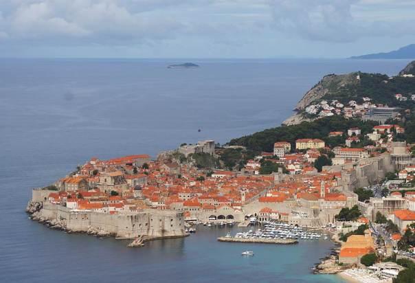 0045 Dubrovnik - Altstadt umgeben von 2km langer Stadtmauer - Foto © Wolfgang Pehlemann DSC04886