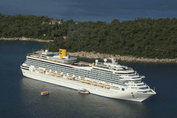 0052 Costa Magica Kreuzfahrer vor Dubrovnik - Foto © Wolfgang Pehlemann DSC05280