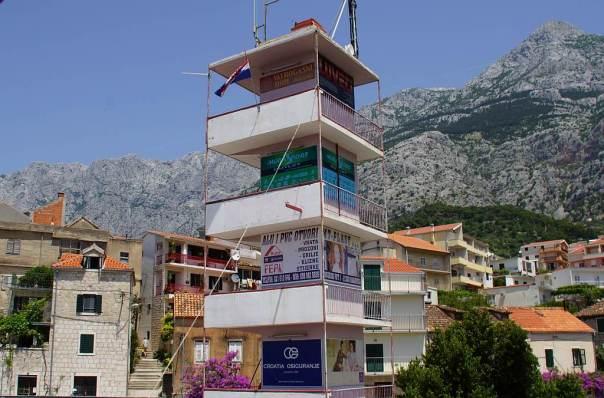 0063 17 Gehobene Wohnlage mit 3-Seiten-Balkon in Kroatien NT Makarska - Foto © Wolfgang Pehlemann DSC06350